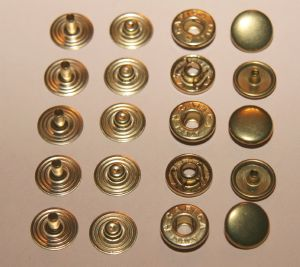 Lot de 5 boutons pression en laiton -  diamètre 12 mm